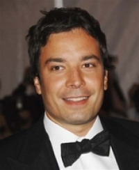 Stand up Comedy: Jimmy Fallon integrates Twitter into 2010 Emmy ceremony