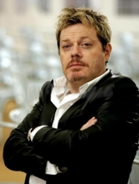 "Stand up Comedy: Eddie Izzard about Believe on ""The Hour"" with George Stroumboulopoulos"
