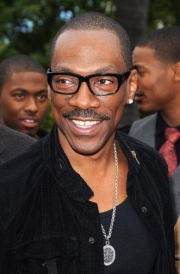 Stand-up comedy => After 20 years,Eddie Murphy returns to stand up