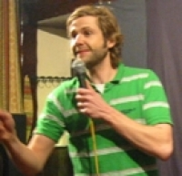 Stand up Comedy: Rob Rouse Escapes to Peak District!