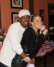 Stand-up comedy => Nick Cannon loves Older Women: Mariah Carey
