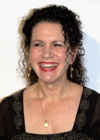 Stand up Comedy: Susie Essman Stands Up Again!