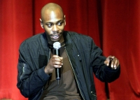 Stand up Comedy: Dave Chappelle's impromptu show drew thousands people to Portland, Oregon