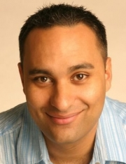 Stand-up comedy => Russel Peters deposed by Sugar Sammy young comedian?