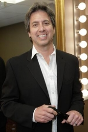 Stand-up comedy => What is Ray Romano planning this year?
