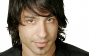 Stand-up comedy => Comedian Arj Barker Performs in Taranaki