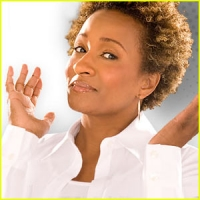Stand up Comedy: Wanda Sykes Goes to Hawaii to Stand Up!