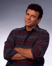 Stand up Comedy: Paul Reiser is back on New York's stage