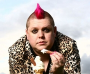 Stand up Comedy: Wil Hodgson Is Taking His Stand Up Show to Edinburgh!