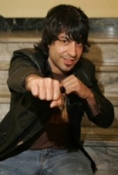 Stand-up comedy =>  Arj Barker Interview about Edinburgh, Chicago and Scandinivia