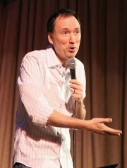 "Stand up Comedy: Tom Shillue on Jim Gaffigan's tour ""The White Bread Tour 2013"""