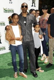 Stand-up comedy => Eddie Murphy and Mel at Shrek Forever After premiere!Friends again!